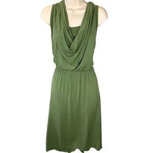 🌴🌴LOGO knit dress size large green w pockets